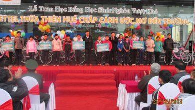 Photo of Viettel trao học bổng cho HS nghèo hiếu học