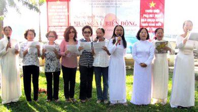 Photo of Hàng trăm người cùng cất tiếng hát hướng về biển Đông